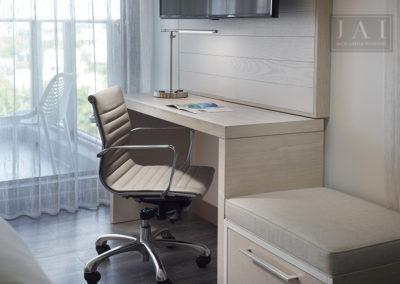 CY_MIAGV_Desk_Detail