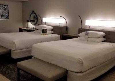 hyatt-regency-orlando-airport-bedroom-1024x504